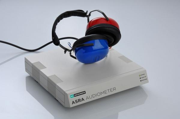 ASRA Audiometer with Headphones