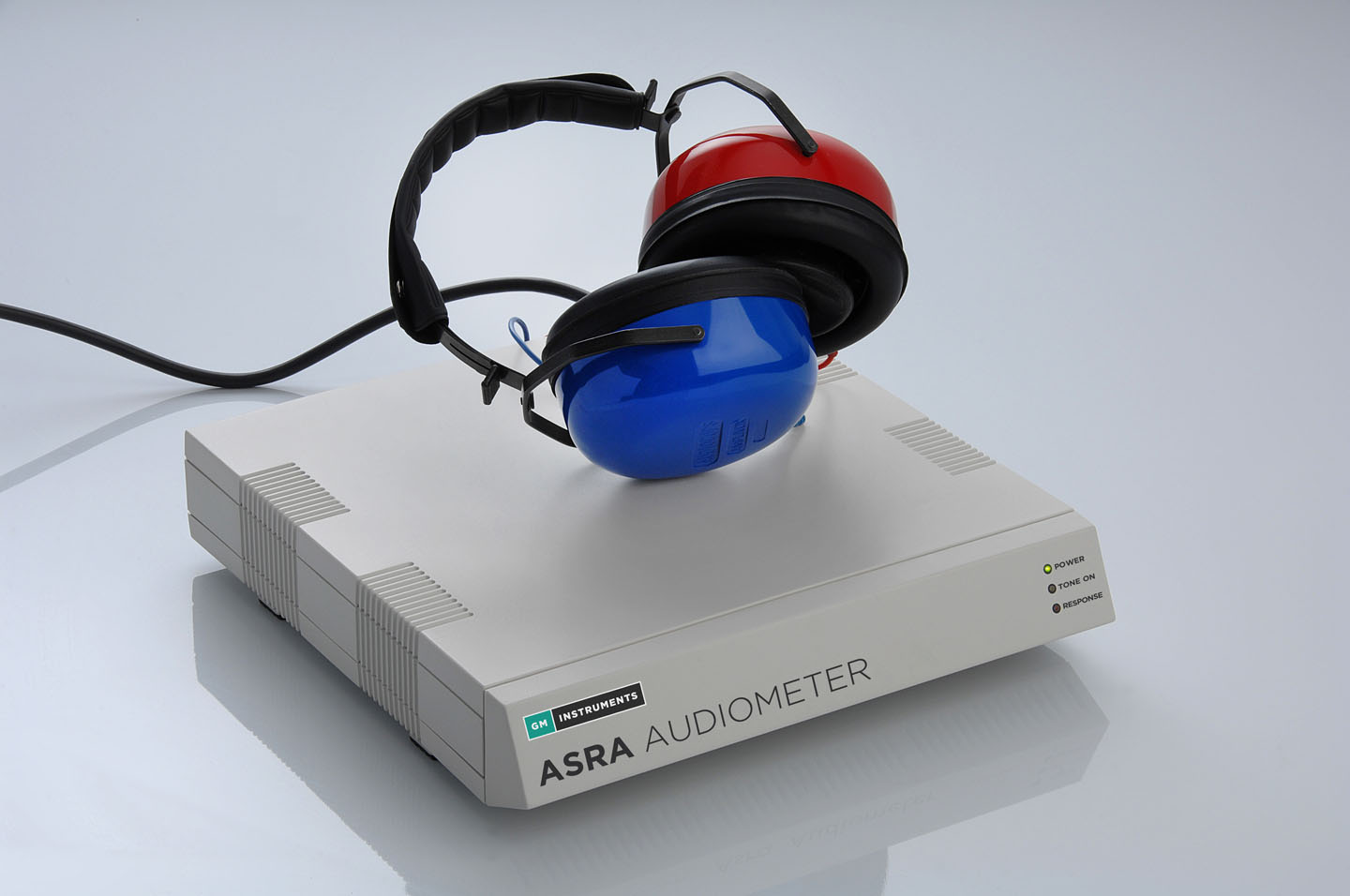 ASRA Audiometer with Headphones